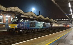DRS Locos 68016 tnt with 68023 arrive at Ipswich Station, with the Northern Belle train, after its trip to Peterborough. 06 12 2016 (pnb511) Tags: trains railway ipswich greateasternmainline geml class68 loco locomotive drs directrailservices northernbelle night shoot fog mist dark 68016 68023