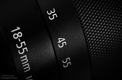 M-Lens.jpg (NoBudgetPhoto.de) Tags: camera bw macro canon lens eos equipment sw 365 makro schwarzweiss kamera gegenstand objektiv eosm 60d eos60d
