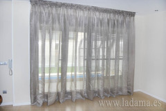 "Cortinas de lino confección especial con rieles • <a style=""font-size:0.8em;"" href=""http://www.flickr.com/photos/67662386@N08/9194687634/"" target=""_blank"">View on Flickr</a>"