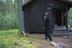 204/365 (hachiko_it) Tags: wood summer man game tree green nature grass forest canon suomi finland wooden knife hut porch pitcher throw sauna throwing day204 eos450d canoneos450d knifethrow day204365 3652013 chiarasirotti 365the2013edition 23jul13