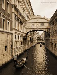 Bridge of Sighs. Venice. (FotOKUnSt.) Tags: italien bridge venice italy brcke venedig