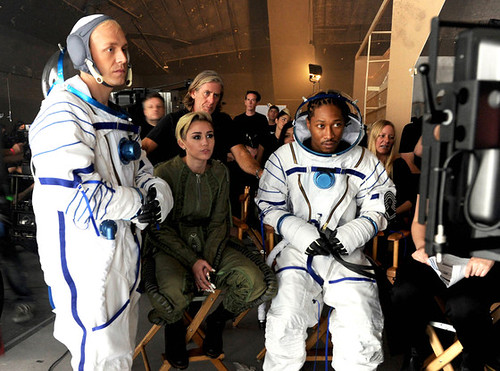 Future & Miley Cyrus Real And True behind the scenes pics