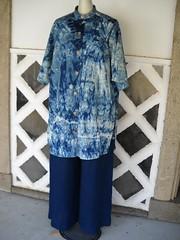 (k_hiramatsu) Tags: indigo tshirts dye aizome tops apparel indigodyeing arimatsushibori      japanblue  kusakizome  japanesehandicraft   chunic