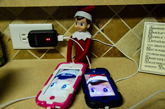 8-2013 Selfie on the ipods (MellieRene4) Tags: christmas apple kids fun holidays ipod magic elf mischief ipods selfie 2013 elfonashelf