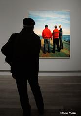 """Visiteur à l'exposition de Raymond Depardon """"Un moment si doux"""" (didier95) Tags: paris photo tableau grandpalais personnage raymonddepardon expositionphotos unmomentsidoux"""