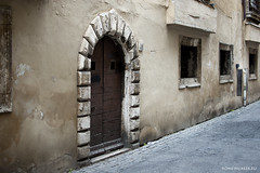 "via delle Sette Sale • <a style=""font-size:0.8em;"" href=""http://www.flickr.com/photos/89679026@N00/12718310425/"" target=""_blank"">View on Flickr</a>"