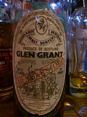 Glen Grant 10yo Gordon & Macphail G&M (eitaneko photos) Tags: tokyo bottle gm december grant glen gordon single whisky cl malt 2014 10yo macphail