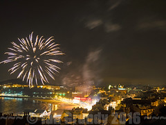 Starfire 6535 (stagedoor) Tags: fireworks scarborough southbay starfire yorkshire england olympus uk em1 copyright tourism tourist town foreshoreroad sand night