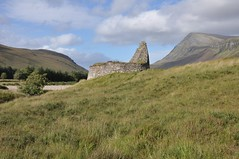 Dun Dornaigil Broch, Strath More (Paul Sammonds) Tags: ben hope dun dornaigil broch strath more