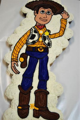 44-polkatots cupcake cakes