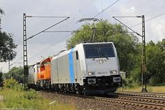 Railpool/Transpetrol 186 431+Northrail 261 300+Railpool/Transpetrol 186 137 am 16.07.2015 mit einem Aluzug in Elze(Han) (Eisenbahner101) Tags: eisenbahner101 railpool transpetrol bräunert traxx traxxbombardier bombardier voith br186 gravita br261 northrail aluzug güterzug nievenheimer nss freighttrain train deutschland germany niedersachsen elze elzehan