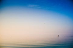 #Thessaloniki #Greece This boat seems unreal ! #Leica #LeicaCamera (albericjouzeau) Tags: cloudy clouds effet effect mirroreffect real unreal reel boat bateau mer sea bay nature thessaloniki greece grece ellada leica leicacamera