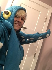 Octopus costume + stupid face selfie (tenhourclock) Tags: gpoy selfie aquaticlife sealife hoodie octopus halloweencostume halloween