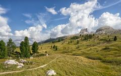 Dolomiten (libellenwellen) Tags: dolomites dolomiten italien italia europa landschaft landscape berge mountain alps alpen travel reisen nature wolken clouds