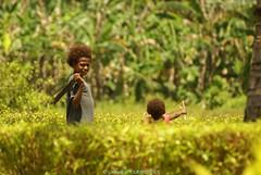 Anak anak berburu (Gwenol de KERMENGUY) Tags: de marin ngc artiste gwenole kermenguy