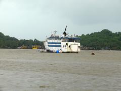 Panjim_617 (Manohar_Auroville) Tags: sea india beach seaside goa monsoon luigi panjim fedele manohar