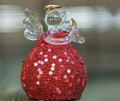 Engeltje. (Athanassia) Tags: garden tuin engel figurine glas minature beeldje miniatuur
