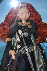 Merida Limited Edition Doll 6104 / 7000 (Girly Toys) Tags: rebelle brave disney merida angus elinor harris hubert hamish ours bear collection bag limited edition limitée doll princess princesse 6104 7000 missliliedolly miss lilie dolly aurelmistinguette girly toys collectible girlytoys