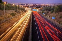 Pulse.  Available on Getty Images (Z Snchez) Tags: road city longexposure light cidade sky luz ikea skyline night noche sevilla exposure nightshot motorway carretera ciudad seville andalucia nocturna noite lighttrails bluehour lightrail andalusia notte nightvision gettyimages roadway andalusie nightvisions sevilha lighttrail siviglia cityart a49 largaexposicion aljarafe tomares fotografianocturna citte sevillan trazosdeluz canoneos1000d sevillaban