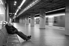 IL TRENO (Aristide Mazzarella) Tags: life street city people blackandwhite italy white black art beautiful del canon underground photography eos photo high long exposure artist italia foto arte mark 5 candid monaco il iso e artists di and 5d hi poesia movimento asa della provincia grandangolo bianco treno metropolitana attimi nero salento bianconero biancoenero lecce artista fotografo citt highiso colonne nel fotografi lunga esposizione mondo fotografica nella grana apulia fotografico aristide alti monacodibaviera effetto nard mazzarella altiiso aristidemazzarella fotografiprovinciadilecce fotografoprovinciadilecce