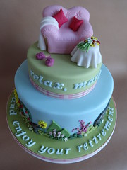 Mary's Retirement Cake (Julia Hardy Cakes) Tags: woman cake lady pig chair armchair retirement peppa