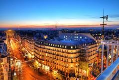 Paris after sunset (Sizun Eye) Tags: paris9e bluehour lheureblue france paris printemps roofs city sunset sizuneye nikon d90