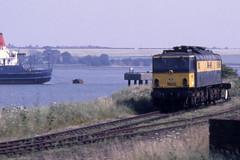 EM2  NS 1502 / BR 27000 'Electra' - Harwich Parkeston Quay (Neil Pulling) Tags: essex electra harwich 1502 em2 midlandrailwaycentre 27000 parkestonquay ns1502 midlandrailwaycentrebutterley