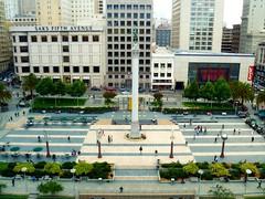 Union square (ale.usa) Tags: sanfrancisco california road city people usa america buildings square skyscrapers column unionsquare frisco