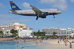 US Airways Airbus A319-111; N705UW@SXM;28.12.2013/737aq (Aero Icarus) Tags: plane saintmartin aircraft stmaarten flugzeug sxm avion usairways princessjulianainternationalairport airbusa319 n705uw