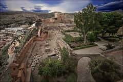 El segundo recinto (La Alcazaba de Almería) (Salvador Ruiz Gómez) Tags: españa paisajes architecture andalucía spain arquitectura almería castillos alcazabas