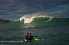 Vague gante Belharra 22 dc 2013 (Urrugne Tourisme) Tags: big surf surfer country wave cte vague rider pays basque bask peio surfeur urrugne gante lizarazu belharra