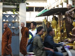 Bangkok street scene (ashabot) Tags: urban thailand seasia bangkok cities monks citystreets streetscenes