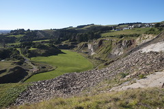 Halswell Quarry, Christchurch, New Zealand (Steve Attwood) Tags: landscape rockface geology quarry volcanicrock rockformation halswellquarrypark
