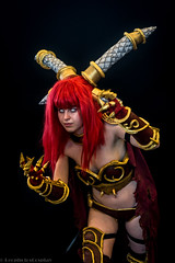 Japan_Expo_2016_Alexstrasza__0531 (LeophotosCosplay) Tags: japanexpo cosplay paris costume photo jeuvido wow worldofwarcraft mmo mmorpg armure cornes thorne dragon redhair lore blizzard aspect cute orque dragonrouge reddragon videogame