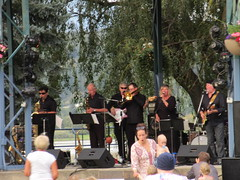 The Salmon Armenians perform (jamica1) Tags: salmon arm shuswap bc british columbia canada performers musicians stage