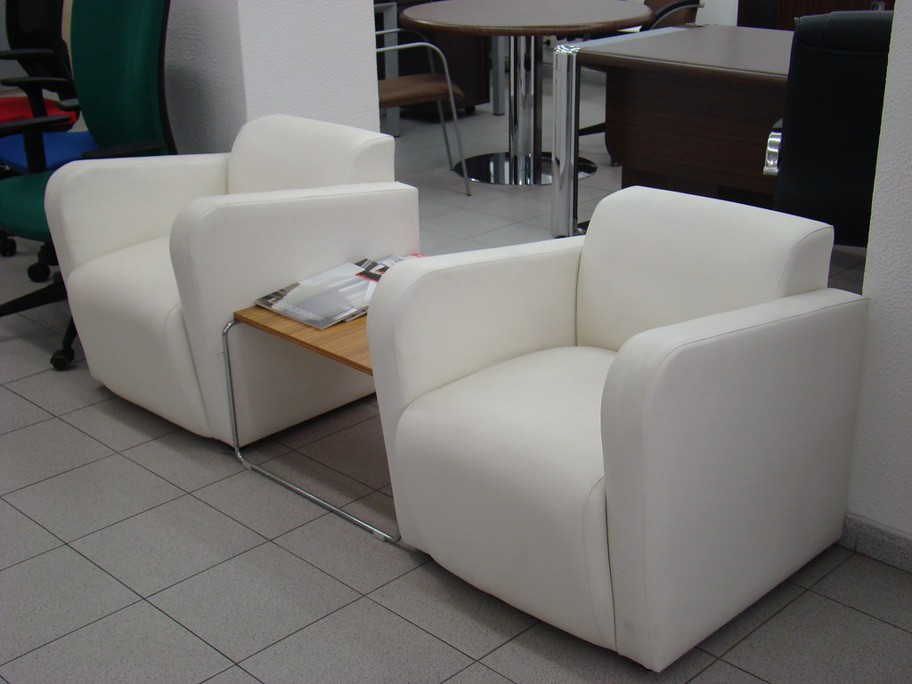 Muebles diseo outlet amazing silla de oficina barata for Muebles oficina barcelona outlet