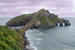 San Juan de Gaztelugatxe (cvielba) Tags: iglesia acantilados cantabrico mar vizcaya