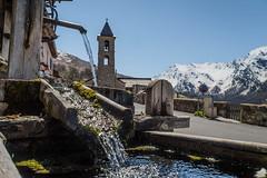 Saint-Véran (Macsous) Tags: vacances france queyras fontaine saint alpes hautes chapelle haut montagne st jour eau hautesalpes printemps arvieux village vérant neige