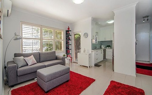2/9 Kiora Road, Miranda NSW 2228