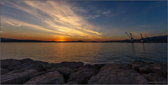Sunset (jyleroy) Tags: toulon sunset coucherdesoleil portdetoulon ctedazur canon eos 700d rebel t5i nationalgeographicgroup ngc mer sea ocan ocean