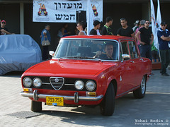 Alfa Romeo 2000 Berlina (Yohai_Rodin) Tags: classic cars car club israel 5 five tel aviv