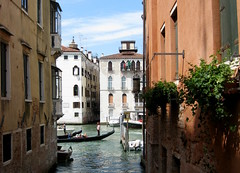 Venice (249) (Silvia Inacio) Tags: venice italy veneza canal gondola venezia itália