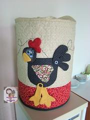 Capa de galão de água..... (Ma Ma Marie Artcountry) Tags: galinha capa patchwork galinhacountry capadegalão galinhaemtecido capadebombonadeágua
