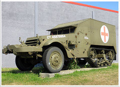 M16 Half track (Aerofossile2012) Tags: museum wwii musée weapon ww2 62 m16 halftrack pasdecalais ambleteuse arme 3945