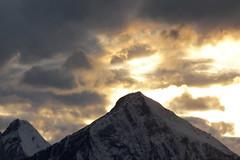 Sonnenuntergang - Sunset mit Niesen in den Alpen - Alps im Berner Oberland im Kanton Bern in der Schweiz (chrchr_75) Tags: chriguhurnibluemailch christoph hurni schweiz suisse switzerland svizzera suissa swiss kantonbern chrchr chrchr75 chrigu chriguhurni 1310 oktober 2013 hurni131013 albumzzzz131013ausflugkleinescheidegg niesen berner oberland berneroberland niesenkette albumniesen alpen alps berg mountain montagne