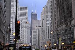 Chicago (emilio59) Tags: street building illinois nikon view reflets vision:outdoor=0982 vision:street=0889