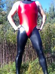outdoor workout # 1 (trapez) Tags: red black sexy rot wet beautiful beauty shiny gear thong string tight schwarz spandex lycra tanga leotard leggings wetlook geil schn glnzend glanz stringbody thongbody glanzleggings