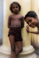 (matt.harding) Tags: girls portrait india october kolkata calcutta travelphotography hooghlyriver 2013 armenianghat