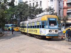 Calcutta 657 Ladies Special (Guy Arab UF) Tags: ladies india public glass transport tram special company esplanade trams kolkata articulated calcutta fibre tramways bodied 657 modernised