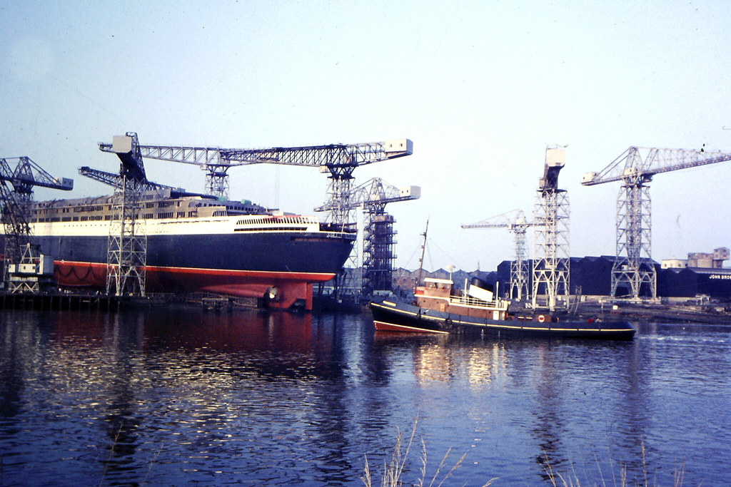 Launch Day QE2 September 20th 1967